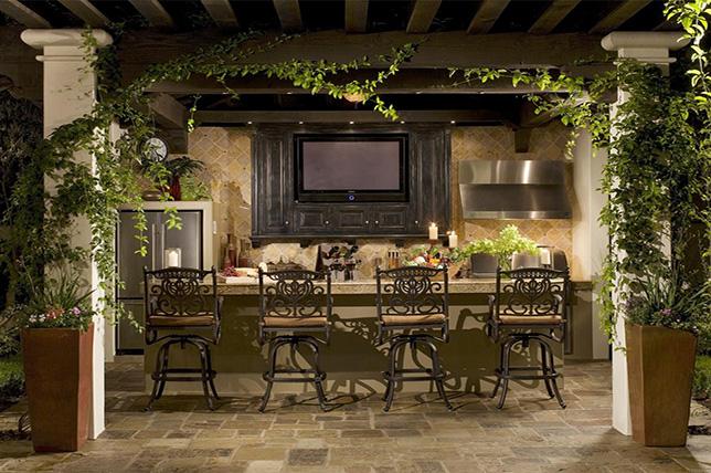 Backyard patio bar ideas