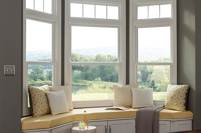 Craftsman's bay window