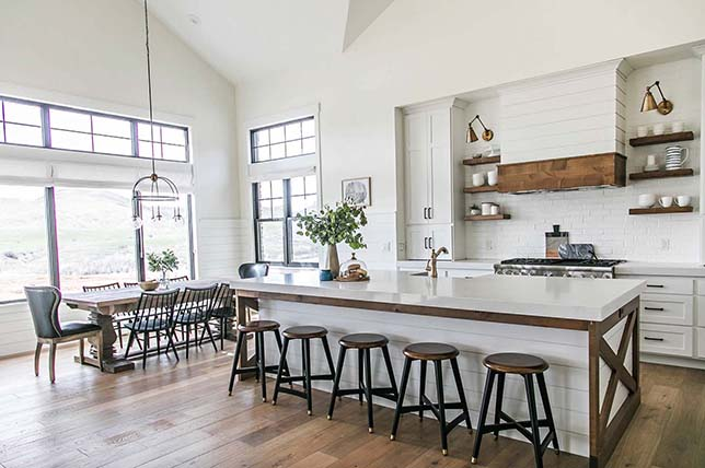 Guide to the interior design of a modern farmhouse