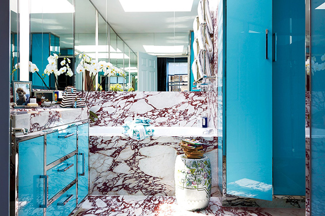 vibrant retro bathroom tile design ideas