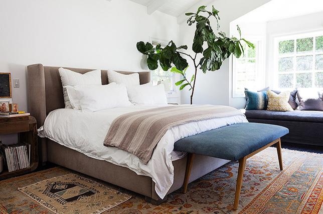 Bedroom layering carpets tips