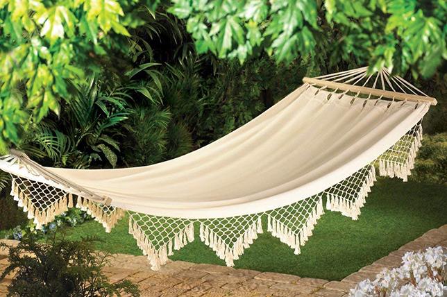 modern ideas for landscaping hammocks