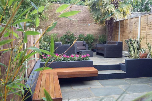 modern ideas for the design of flower beds