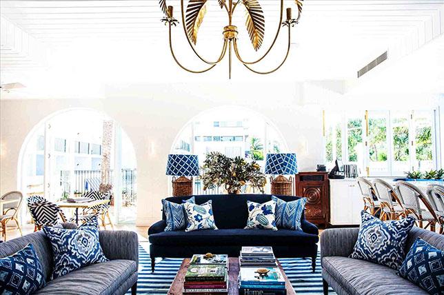 Coastal decor living room design