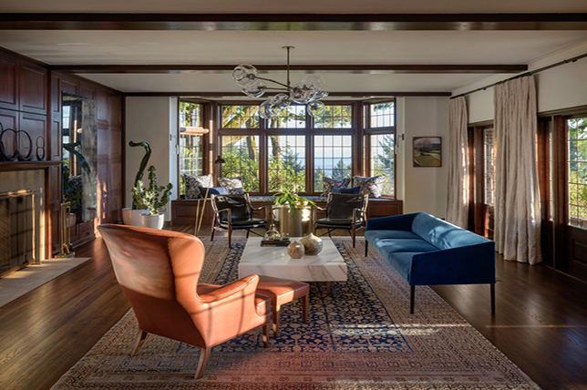 Transitional style living room