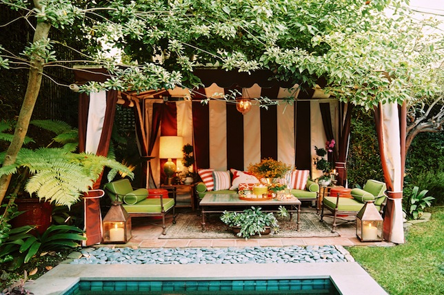 eclectic mixed patio furniture summer party ideas