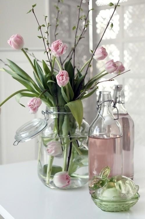 pink tulip bouquet glass