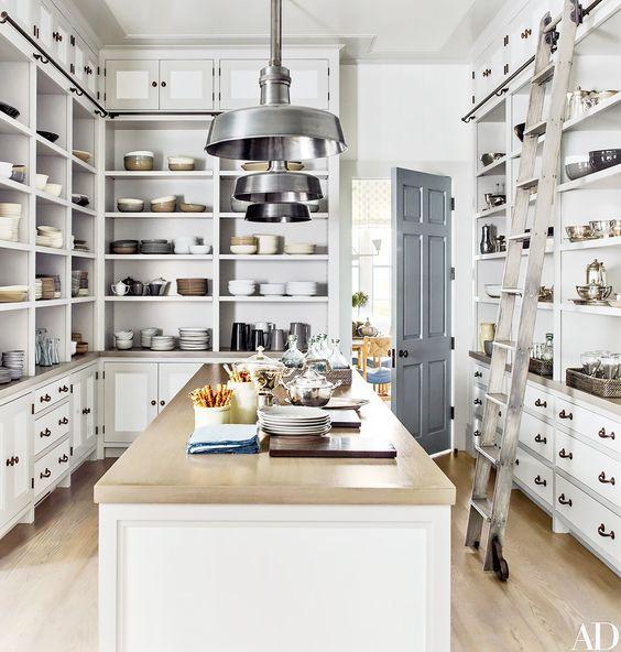 luxurious detail storage