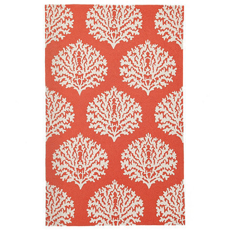 Outdoor rug with coral print