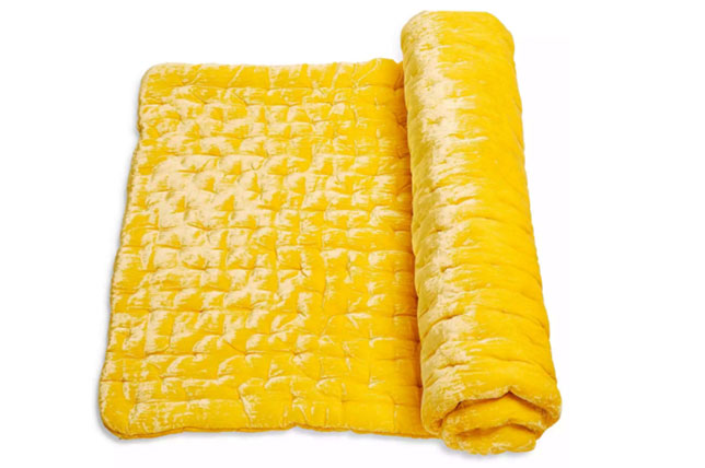 Velvet mat HOLIDAY GIFT MANUAL FOR HOSTESS