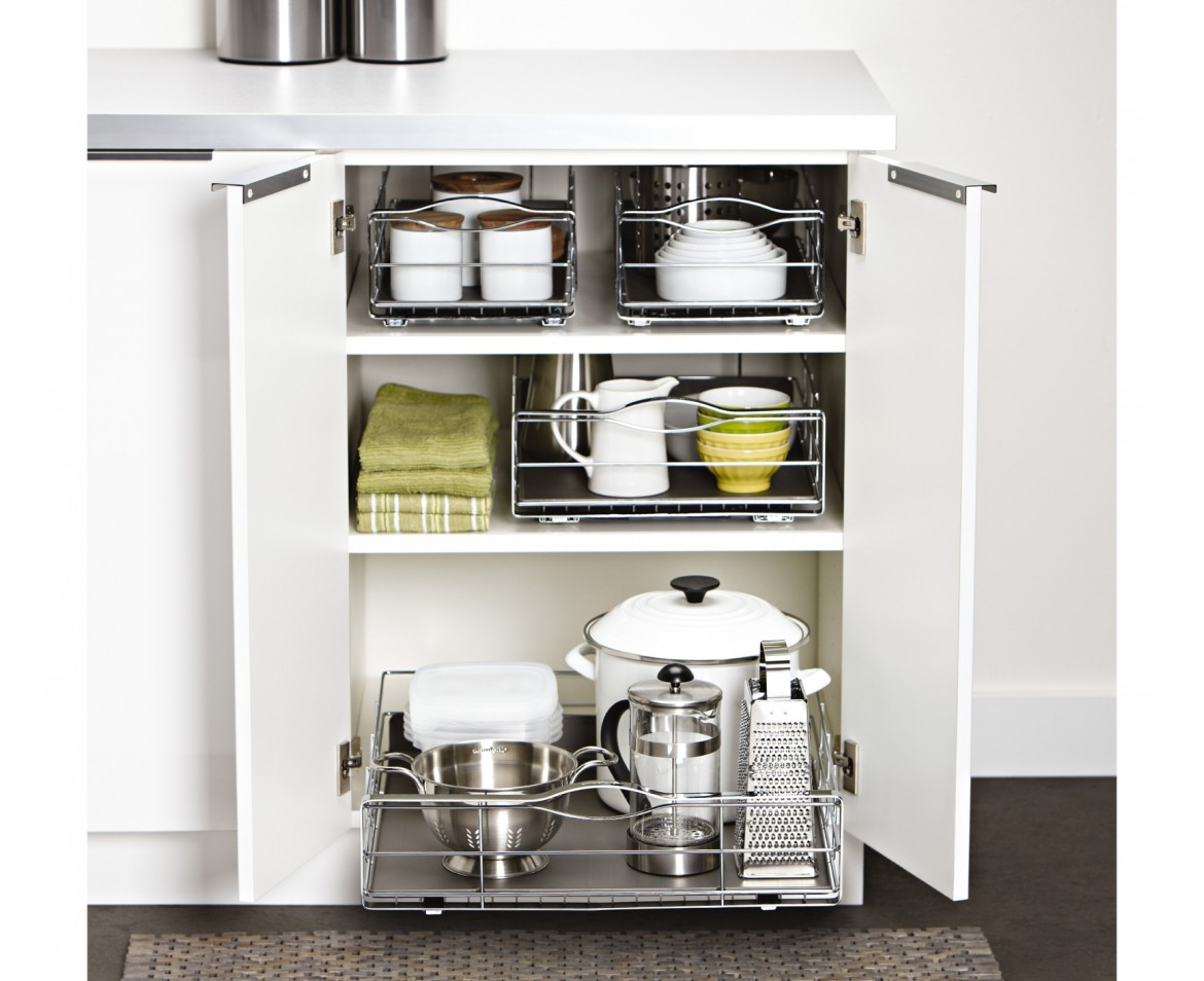 Pull out kitchen organization shelves