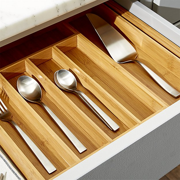 Drawer dividers for the kitchen organization