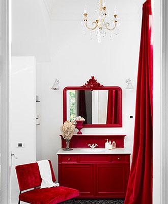 red decor bathroom ideas