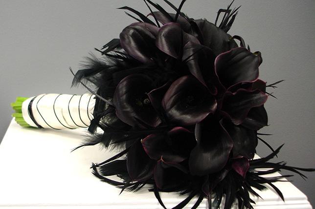 black modern chic halloween flowers