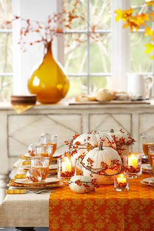 Fall centerpieces for Thanksgiving table decor ideas