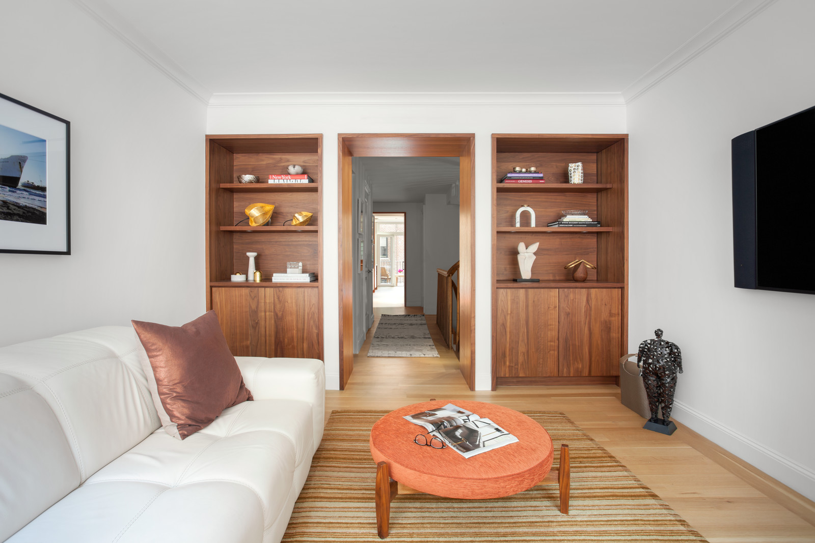 Built-in wardrobes made of walnut wood
