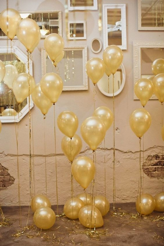 Decorating with balloons New Years Eve