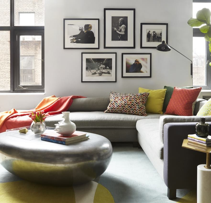 Cushion color living room
