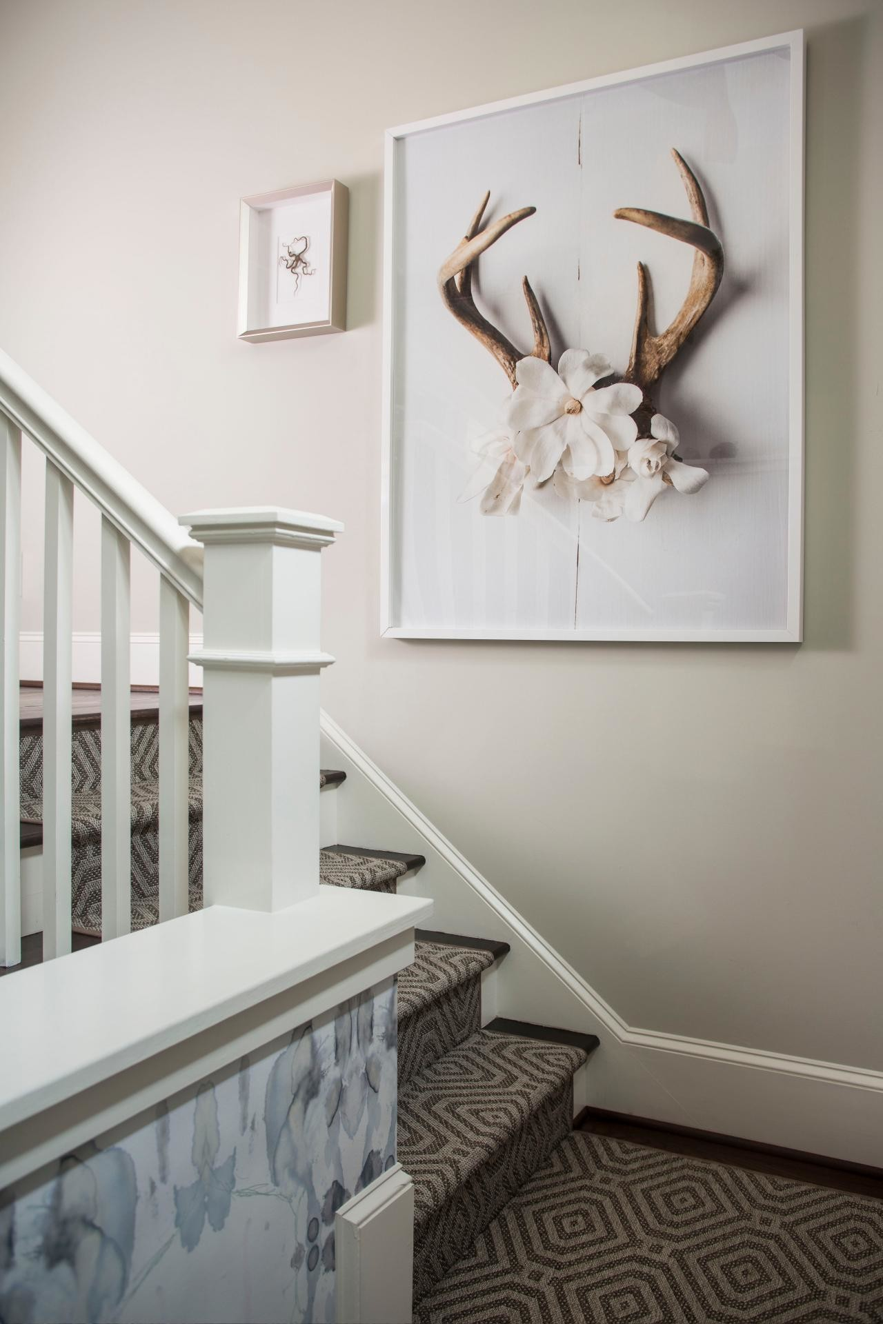 Staircase art picture frame