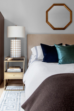 Decorate bedroom after parting
