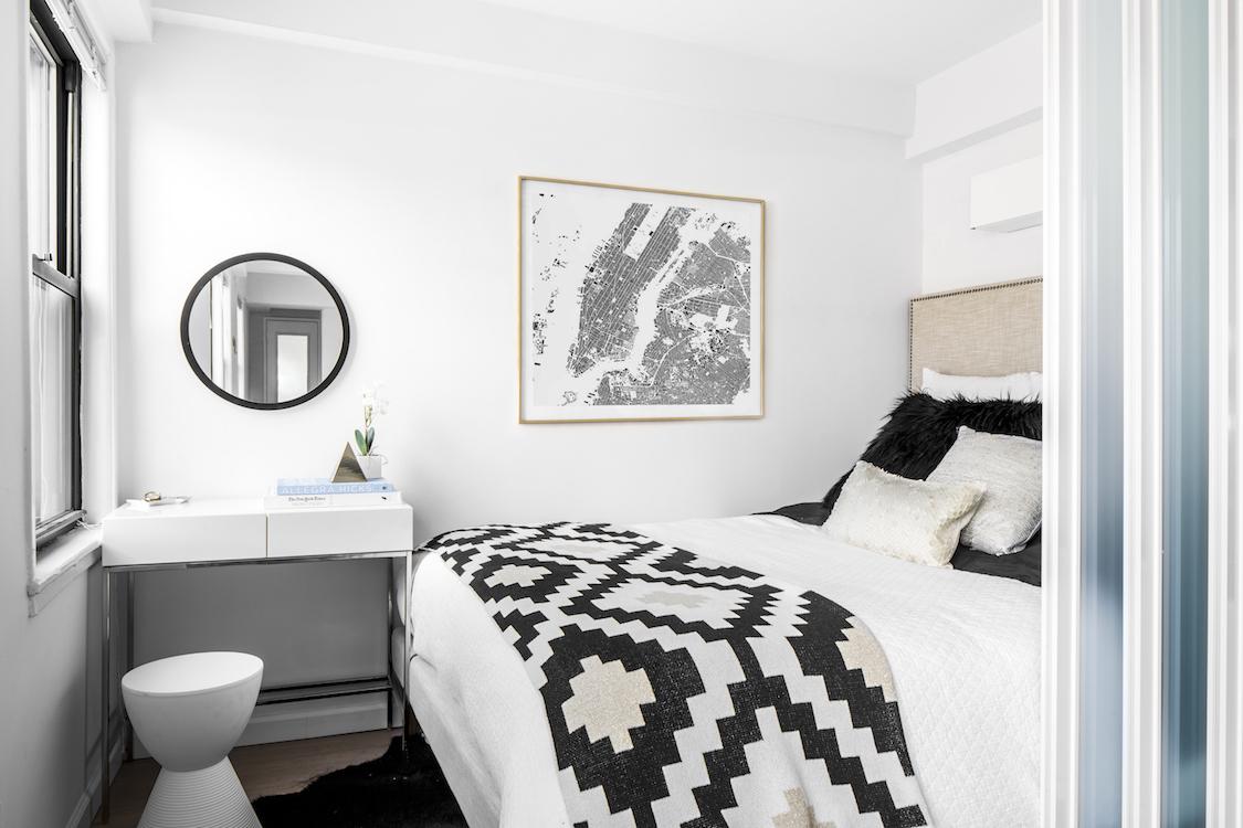 Dorm decorate storage