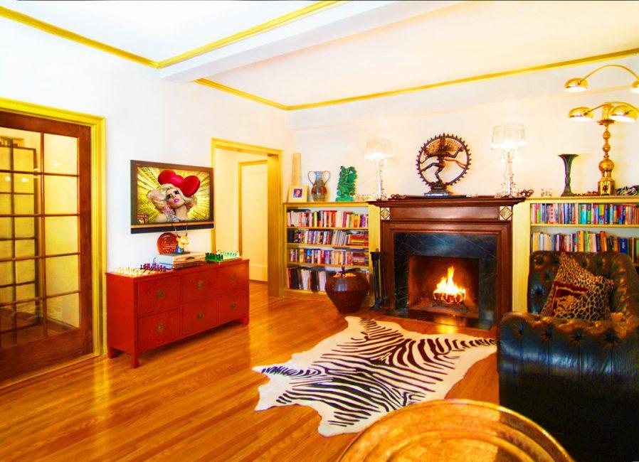 Living room in Gramercy Park