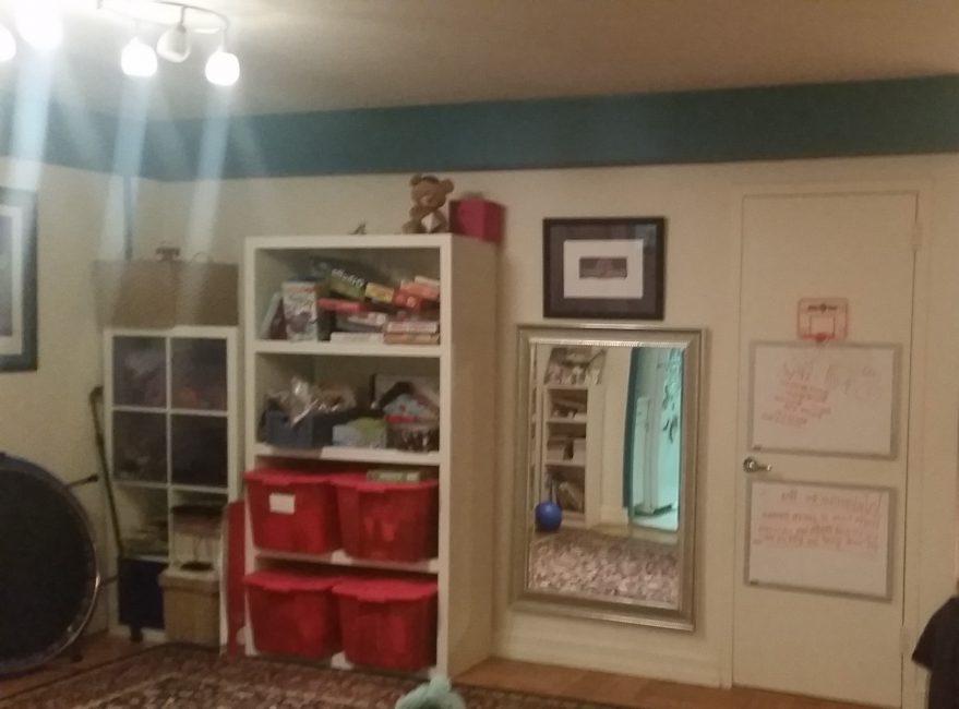 Family apartment dinette