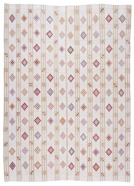 Ivory kilim rug