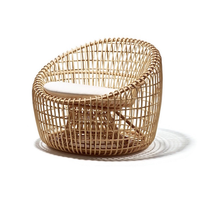 Rattan deck chair