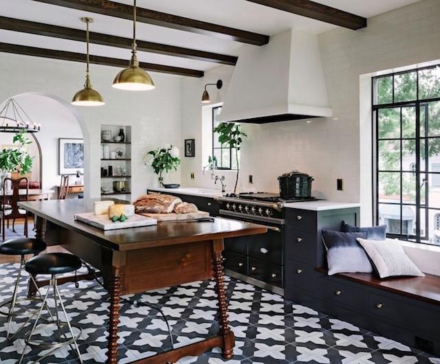 Black and white Spanish style kitchen tile floor