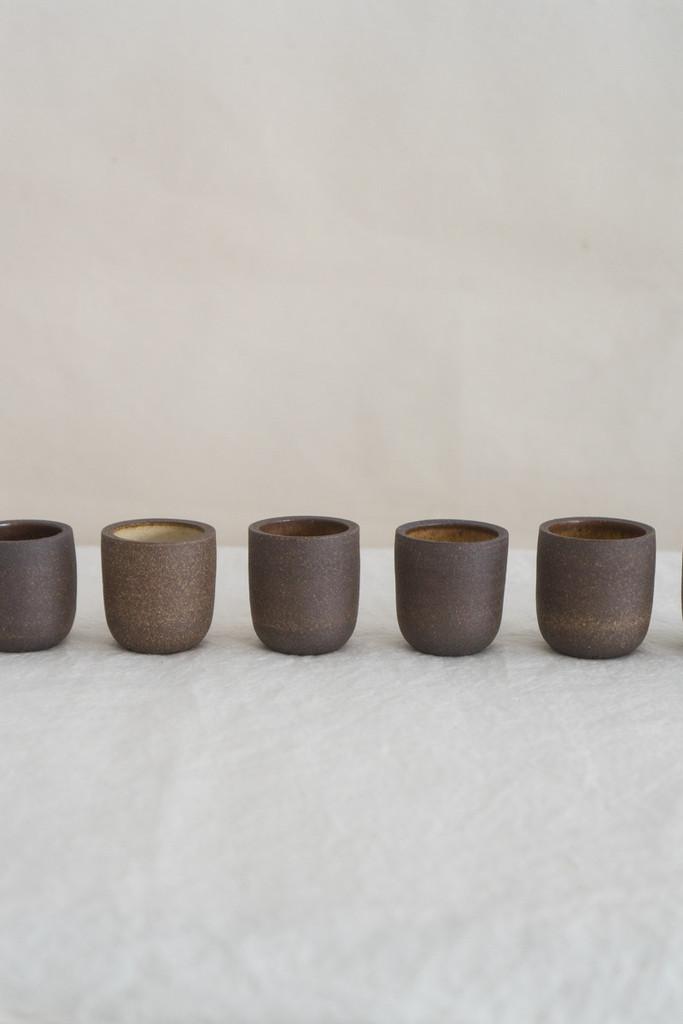 Stoneware copitas