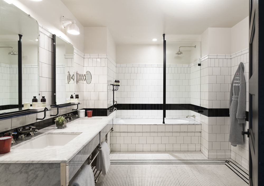 Remodel black and white bathroom