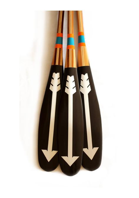 Graphic canoe paddle