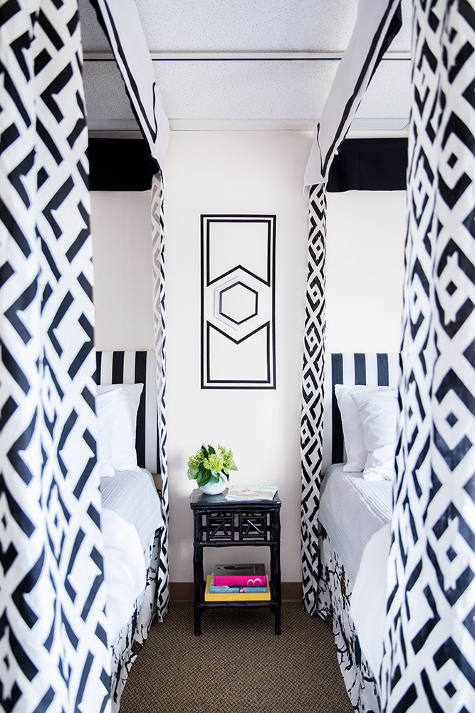 Canopy bedroom decor ideas