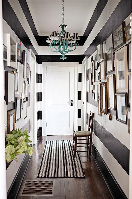 black and white bold corridor design