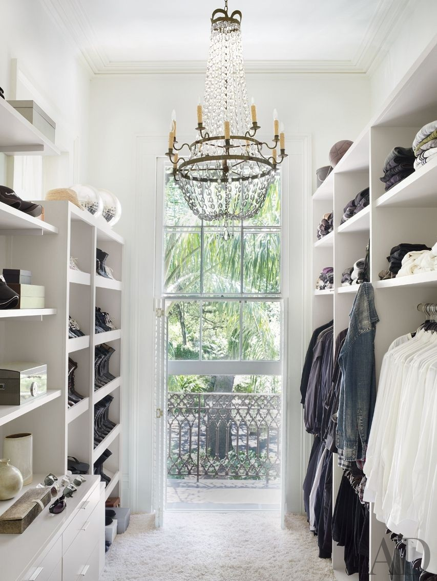 Chandelier accessible in the white closet