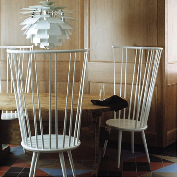 Windsor chair with high back