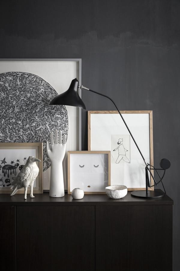 white art objects