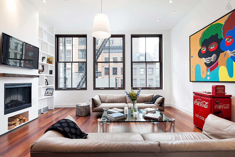 Mid-century modern artistic living room