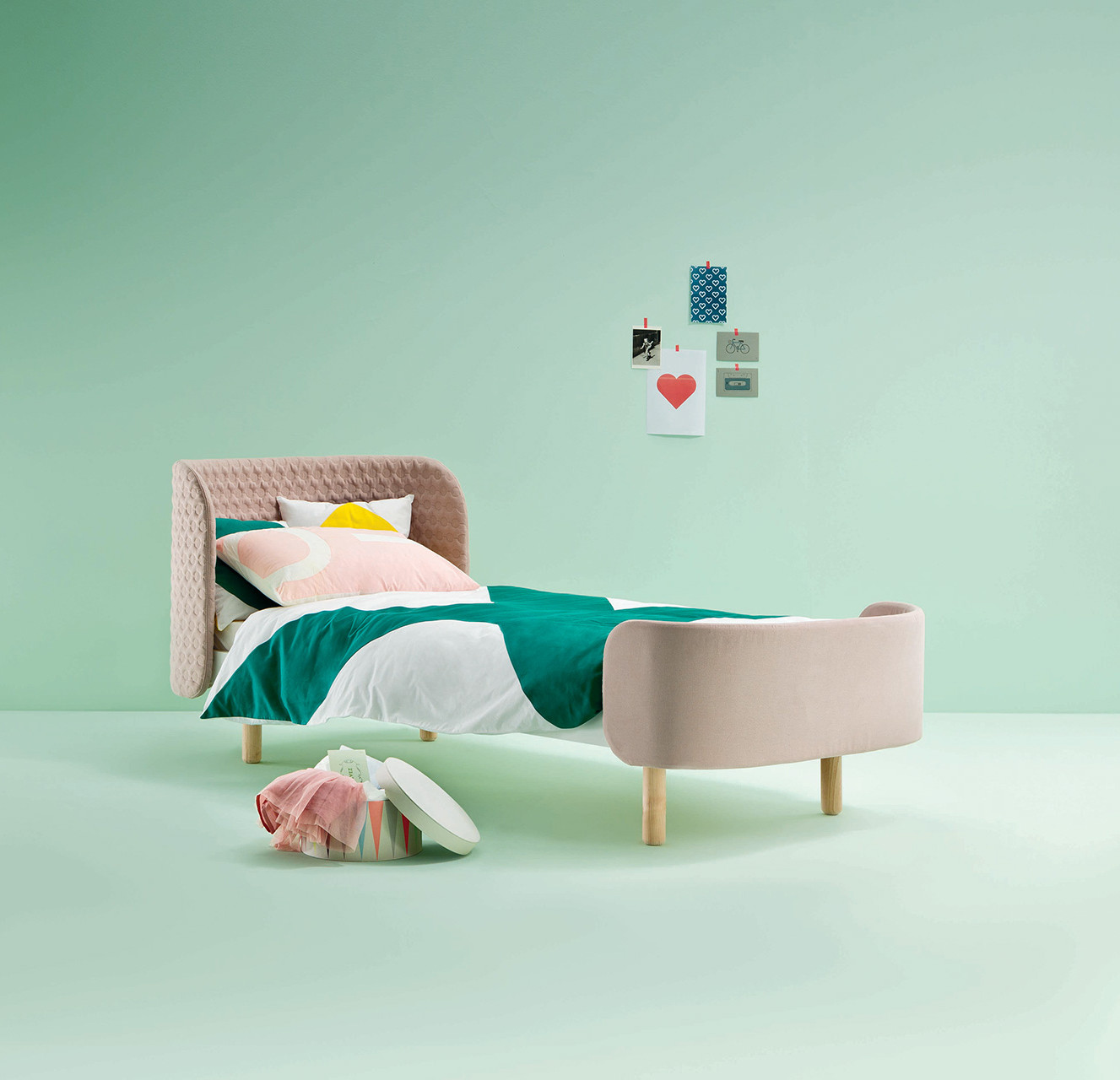 Single bed children's furniture