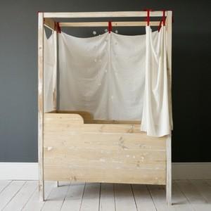 reclaimed wooden crib