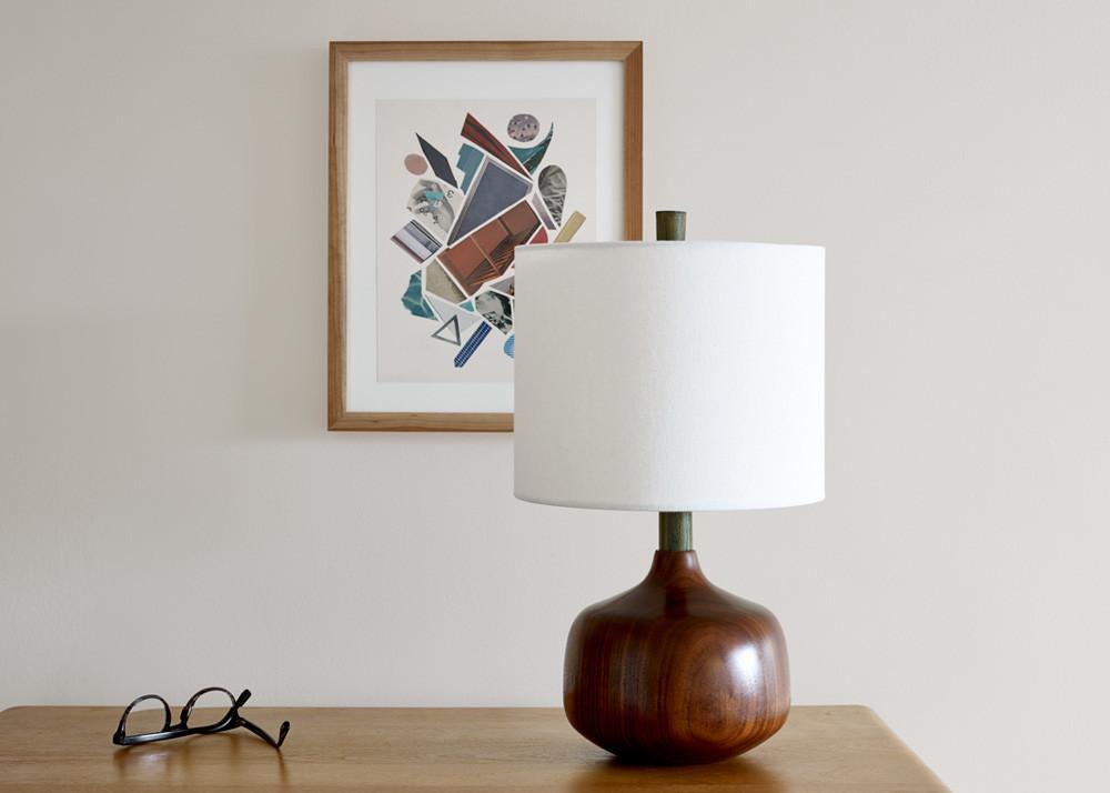 Retro wood table lamp
