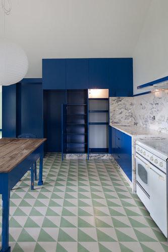 geometric cement tiles blue kitchen