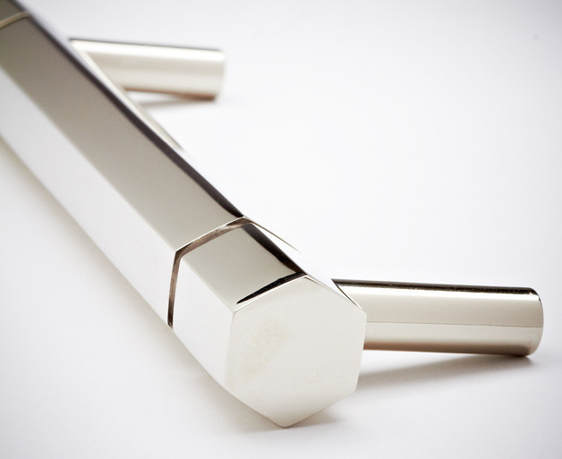 Decorative chrome drawer pull