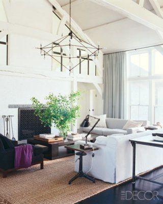 Meg Ryan living room vaulted ceiling