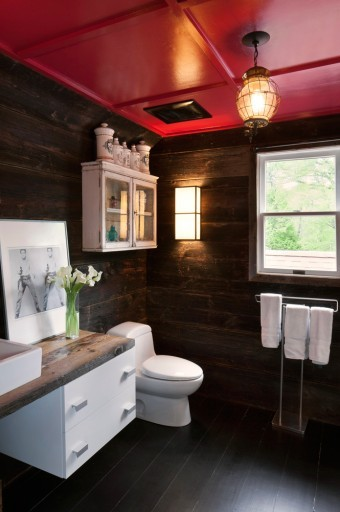 Hamptons bathroom wooden walls painted ceiling