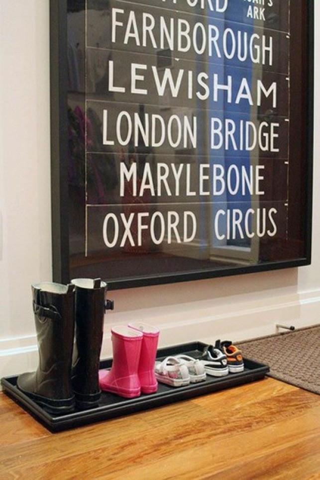 London signage wall art
