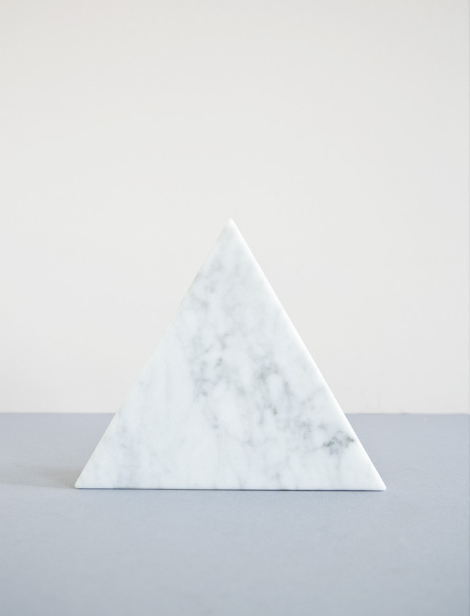 Marble triangle object