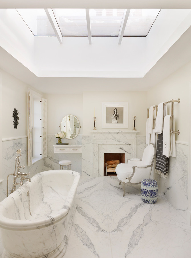 Marble bathtub bathroom ceiling skylight