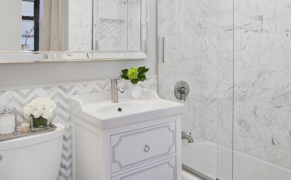 white marble bathroom New York